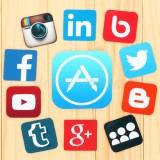 intorno-all-icona-di-appstore-sono-le-icone-sociali-famose-disposte-di-media-60238977
